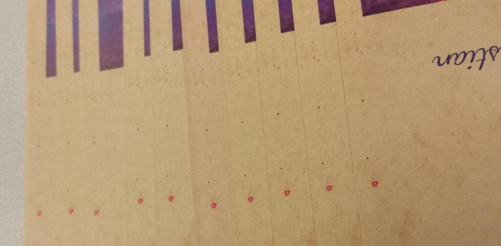 Farbschwankungen und -flecken